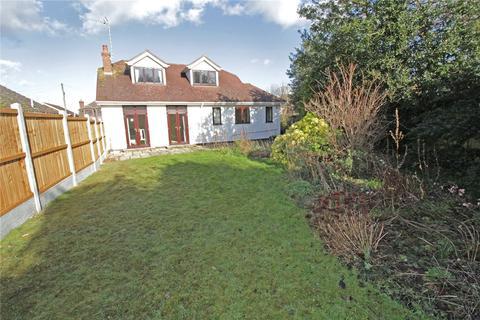 3 bedroom detached bungalow for sale - Alexander Road, Langdon Hills, Essex, SS16
