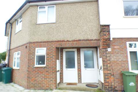 2 bedroom flat to rent - Upper Bevendean Avenue, Brighton, East Sussex