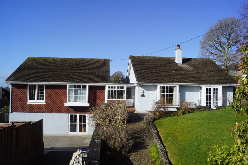 5 Bedrooms Detached House for sale in Tavistock
