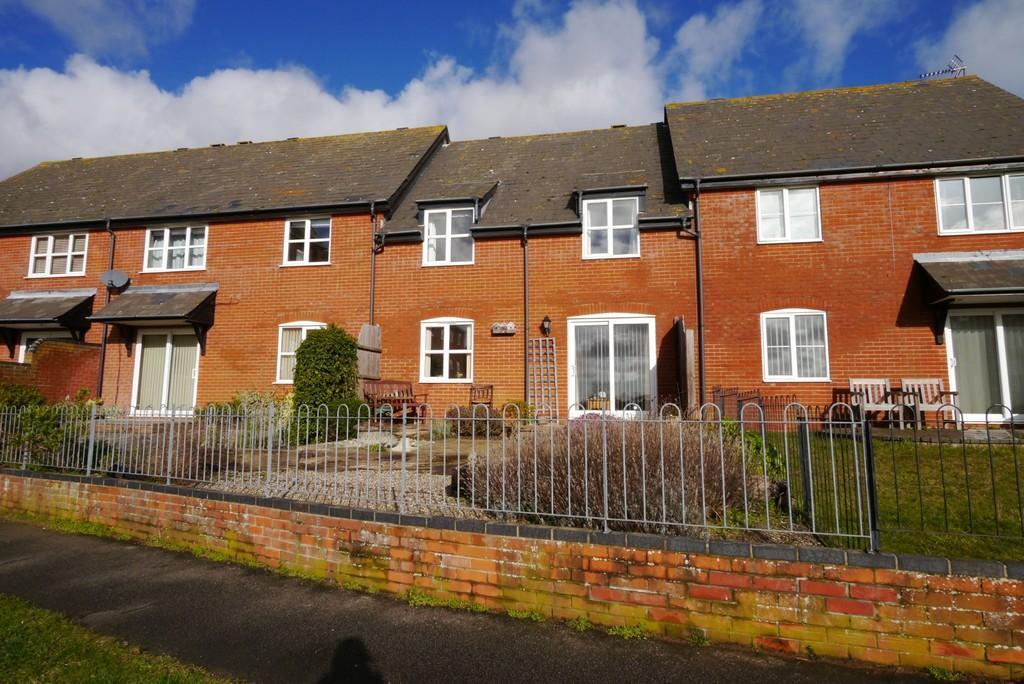 3 Bedrooms Terraced House for sale in Maltsters Way, Oulton Broad, Lowestoft