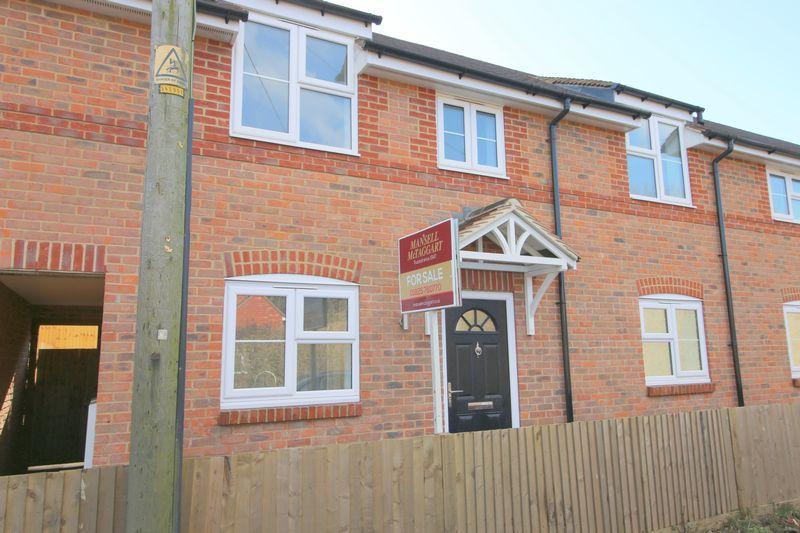 3 Bedrooms Terraced House for sale in Upper Horsebridge, Hailsham