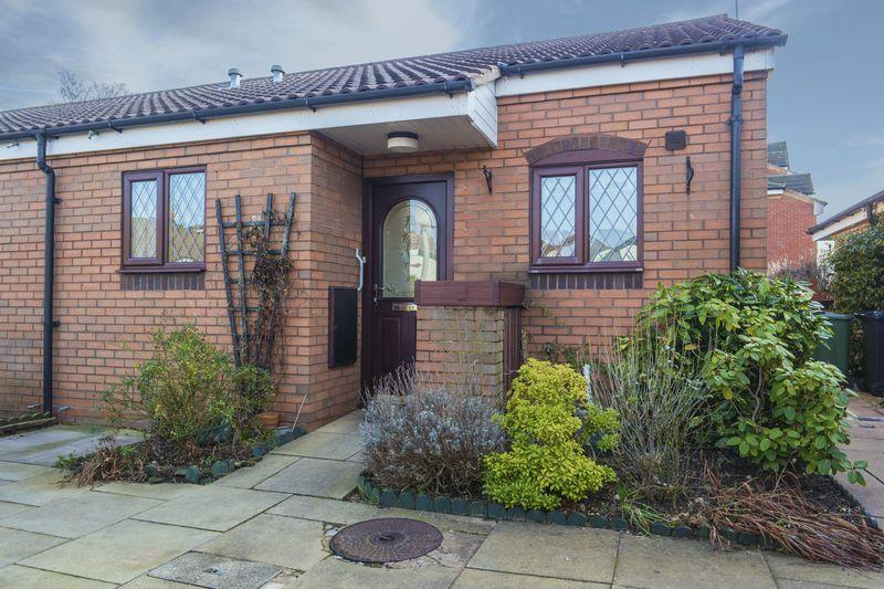 2 Bedrooms Terraced House for sale in Sheridan Close, Walsall