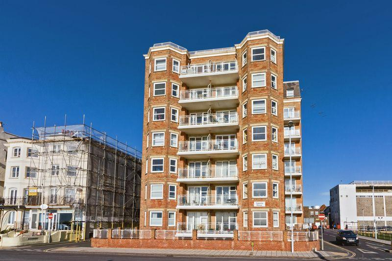 2 Bedrooms Apartment Flat for sale in Augusta Place, Worthing