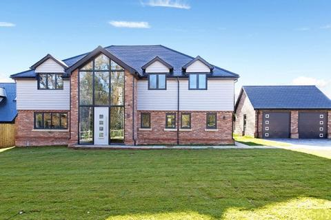 4 bedroom detached house for sale - Cuckfield Road, Ansty