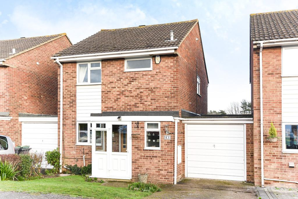 3 Bedrooms Link Detached House for sale in Thackeray Road, Larkfield, Aylesford
