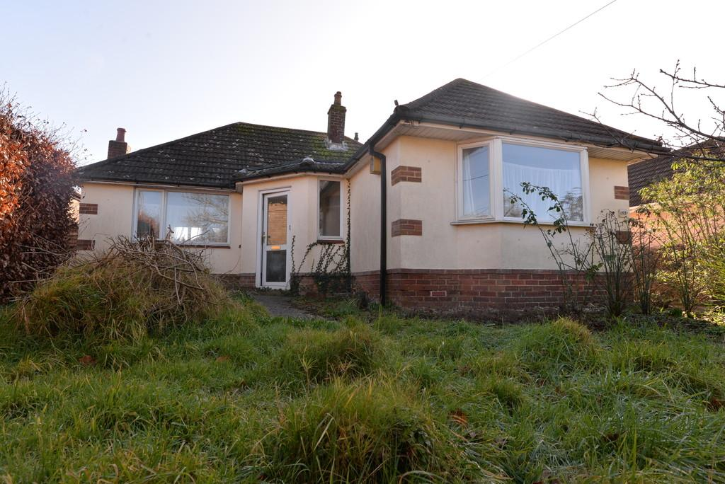 2 Bedrooms Detached Bungalow for sale in Old Milton Road, New Milton