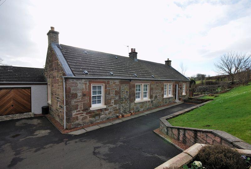 4 Bedrooms Cottage House for sale in 1 Nether Culzean Cottage, By Maybole, KA19 7JQ