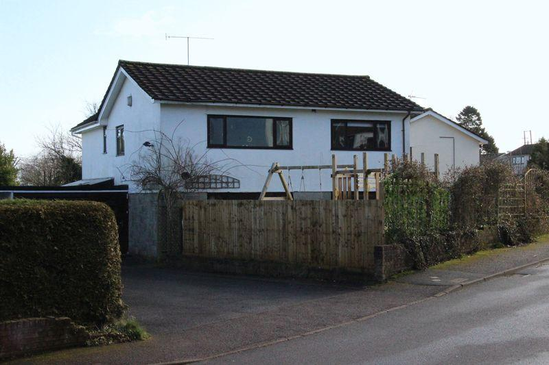 5 Bedrooms Detached House for sale in Clearview, Shirenewton