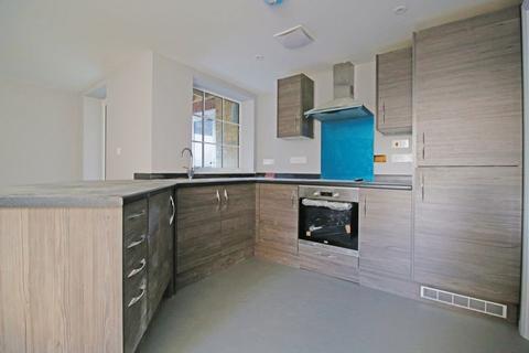 2 bedroom flat to rent - 92 Duncan Road, Gillingham