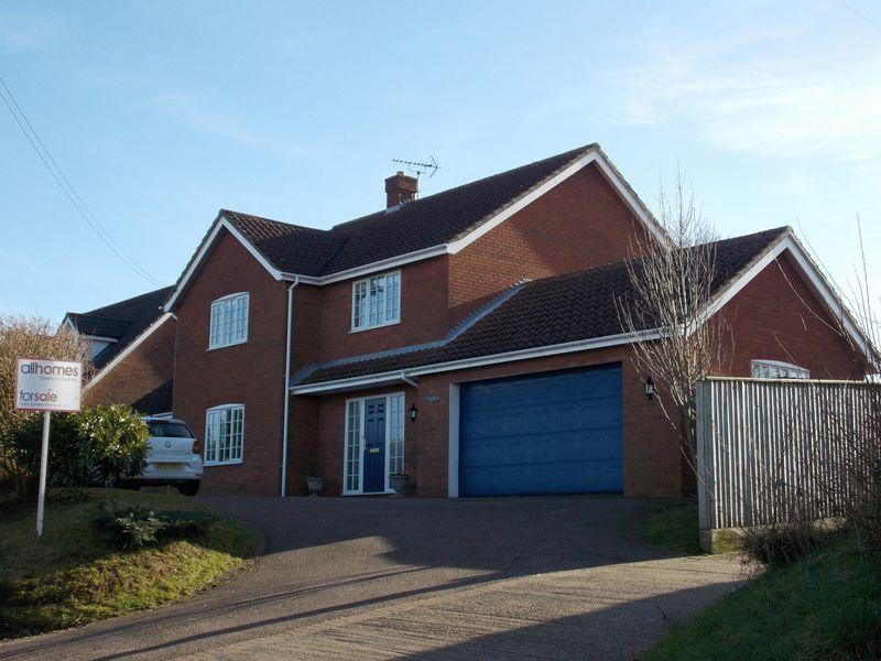 4 Bedrooms Detached House for sale in Stoney Lane, Thurston