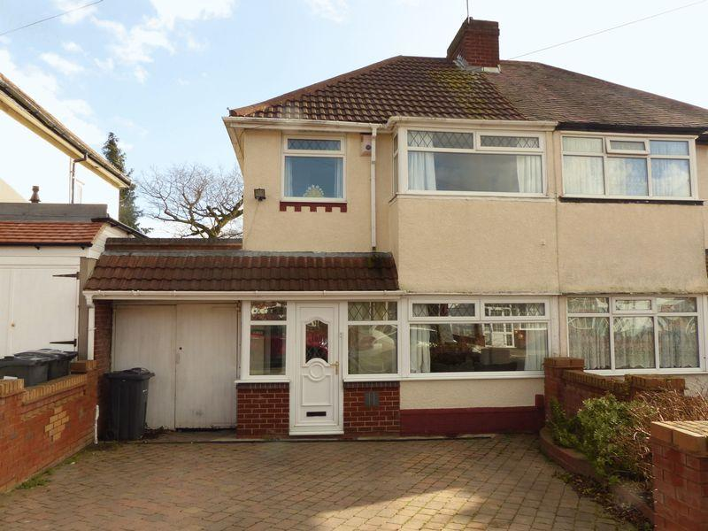 3 Bedrooms Semi Detached House for sale in Springthorpe Road, Birmingham