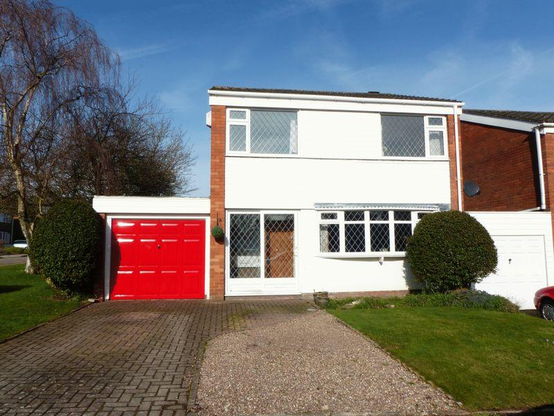 4 Bedrooms Detached House for sale in Queensway, Streetly