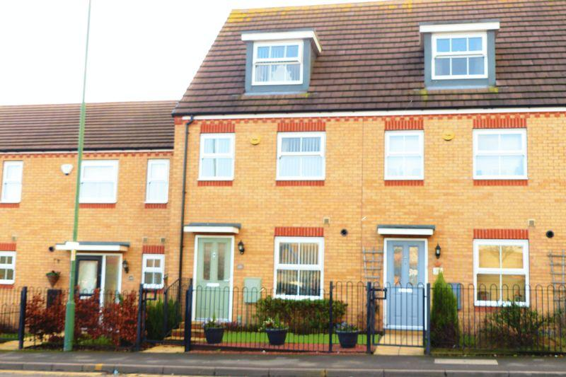 3 Bedrooms Terraced House for sale in Silver Street, Walsall