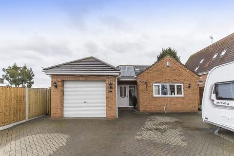 4 bedroom detached bungalow for sale - OWLERS LANE, LITTLEOVER