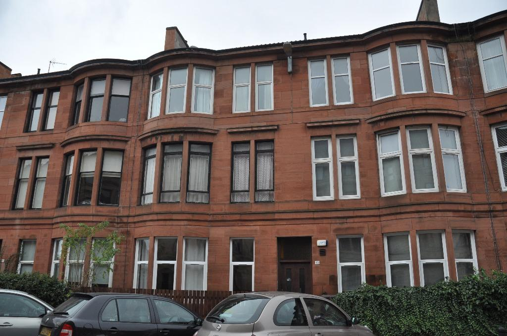 2 Bedrooms Flat for rent in White Street, Flat 0/1, Partick, Glasgow, G11 5RP