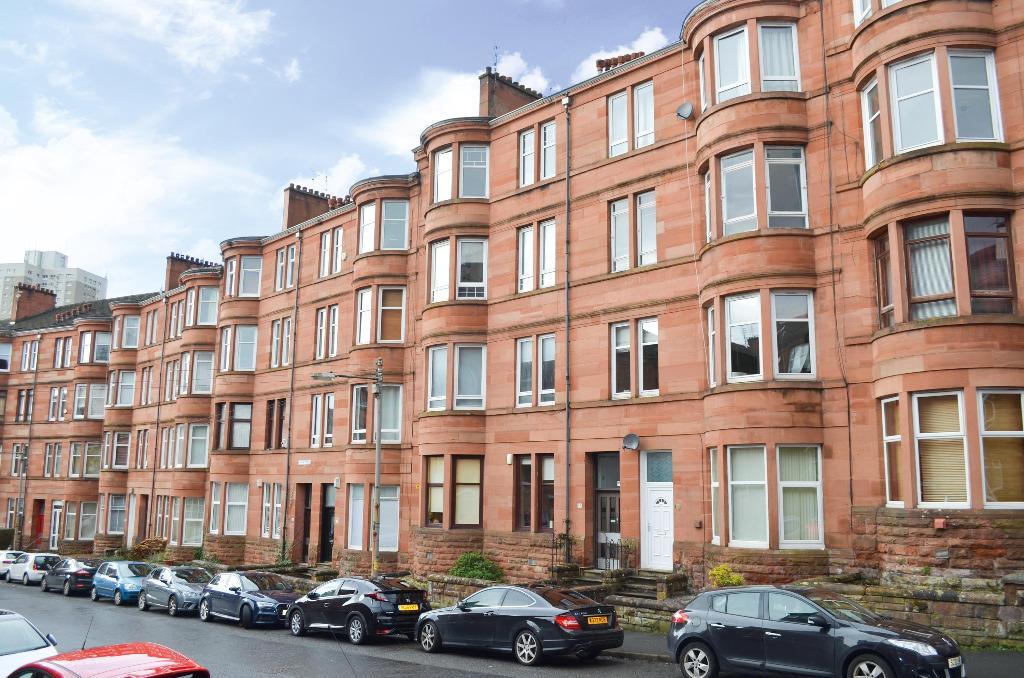 2 Bedrooms Flat for sale in Tassie Street, Flat 2/1, Shawlands, Glasgow, G41 3QG