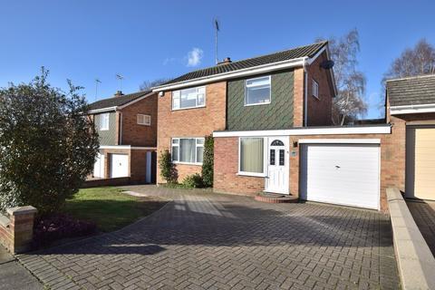 3 bedroom detached house for sale - St. Mark Drive, Colchester, CO4 0LP