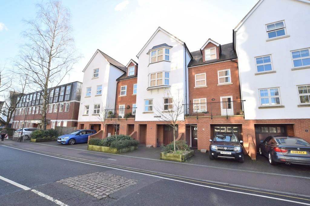 4 Bedrooms Town House for sale in St. Peters Street, Colchester, CO1 1EW