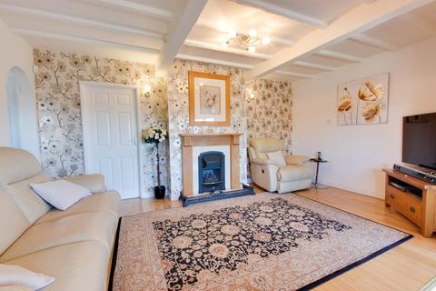 4 bedroom detached bungalow for sale - Canterbury Road, Herne Bay