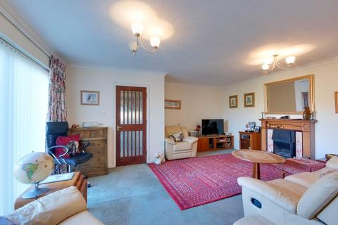 3 bedroom detached bungalow for sale - Fairacres Close, Herne Bay