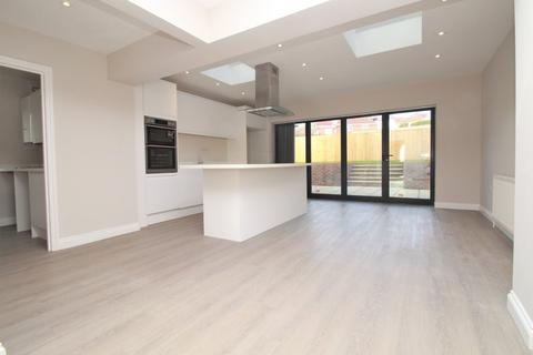 4 bedroom detached house for sale - Ainsworth Avenue, Ovingdean