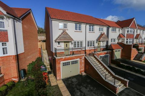 3 bedroom semi-detached house for sale - Camomile Way, Newton Abbot