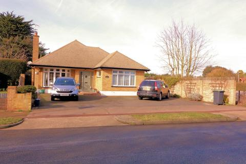 4 bedroom detached bungalow for sale - Wakering Road, Bournes Green