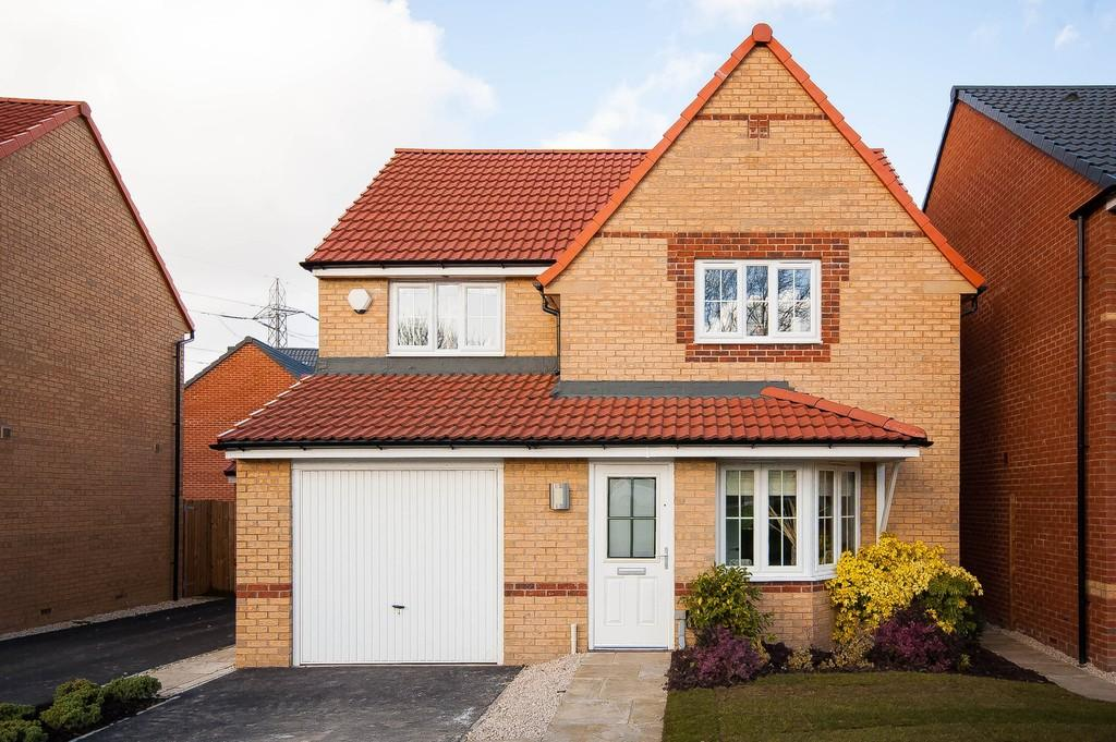 3 Bedrooms Detached House for sale in Foreman Road, Wakefield