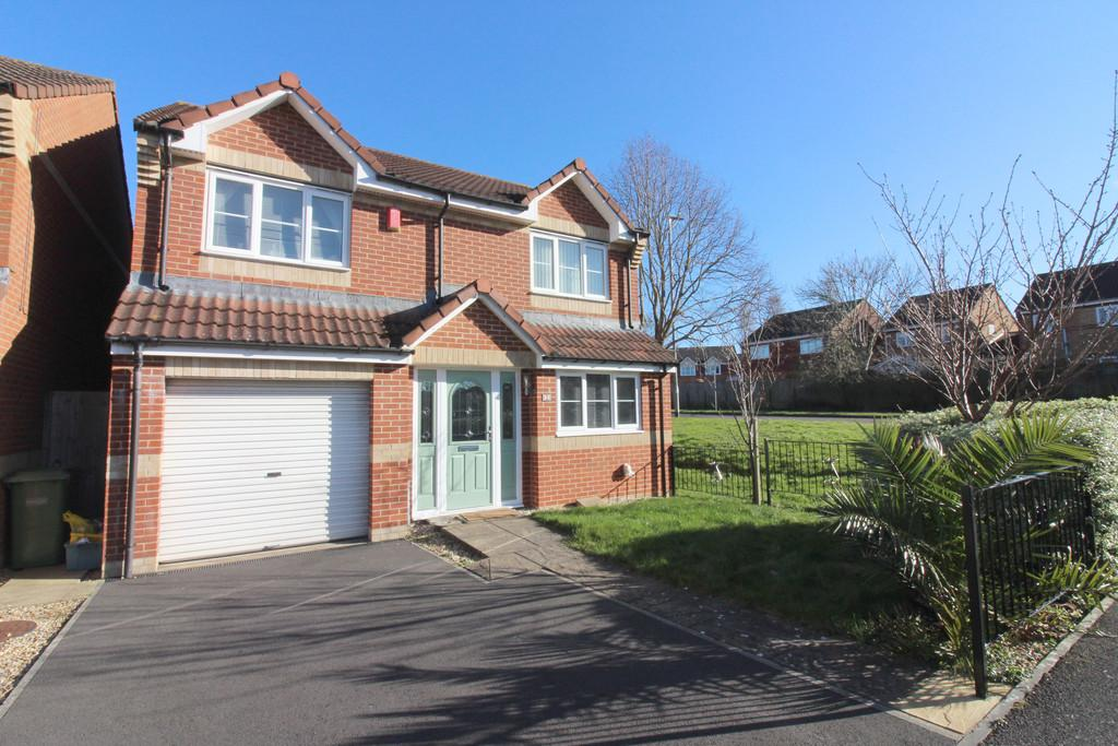 4 Bedrooms Detached House for sale in Drum Avenue, Glastonbury