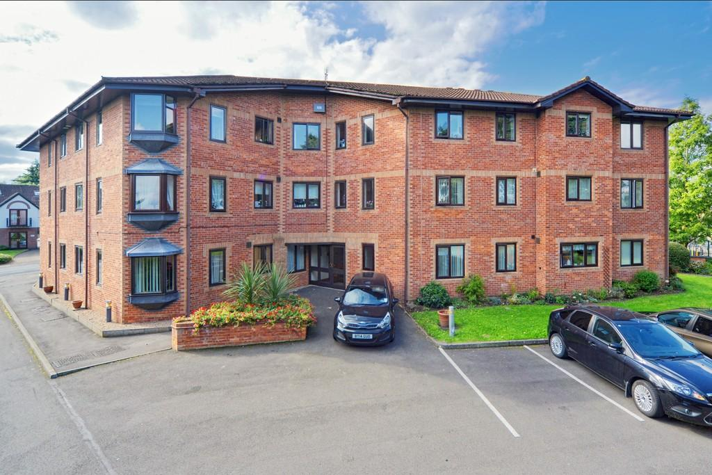 2 Bedrooms Apartment Flat for sale in Coniston Grange, Priory Road