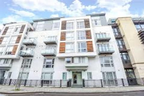 Studio to rent - City Centre, Deanery Road, BS1 5AF