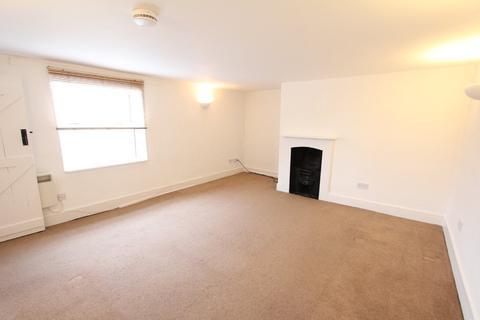 2 bedroom flat to rent - High Street, Henlow