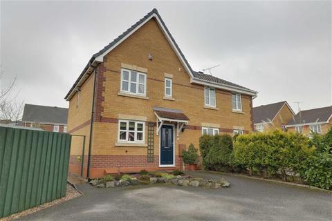 3 bedroom semi-detached house for sale - Merlin Way, Kidsgrove, Stoke-on-Trent