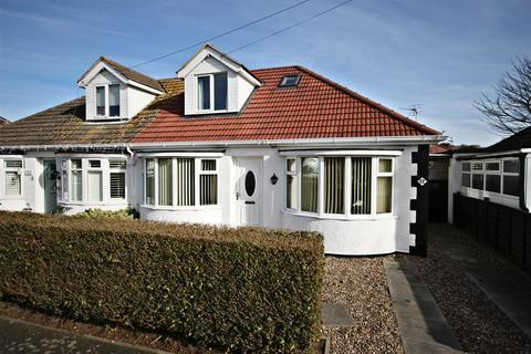 2 bedroom semi-detached bungalow for sale - Long Acre, Mablethorpe