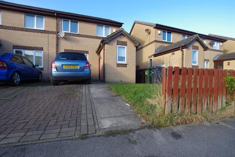 3 bedroom semi-detached house to rent - HEATH HALL AVENUE, BRIERLEY, BD4 6JN