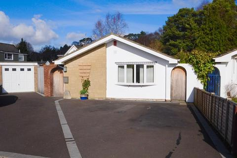 3 bedroom bungalow for sale - South Western Crescent, Lower Parkstone, Poole