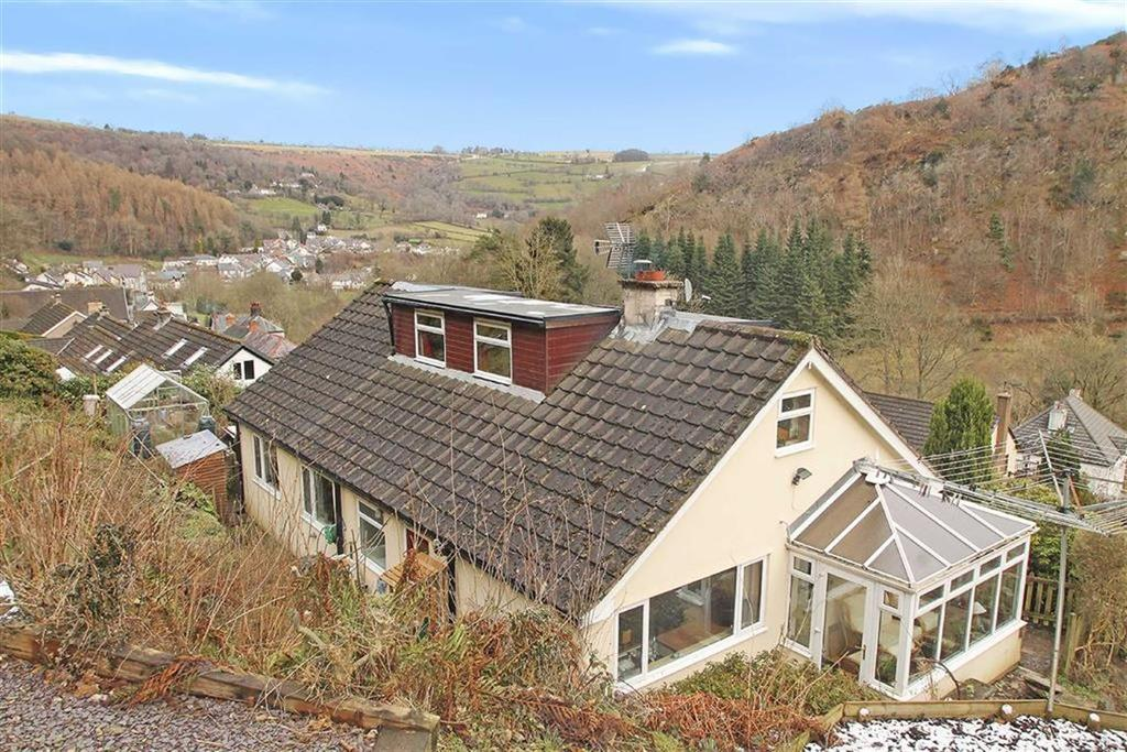 4 Bedrooms Detached House for sale in Nantyr Road, Glyn Ceiriog