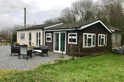 1 bedroom property with land for sale - Llwyn-teg, Llannon, Llanelli