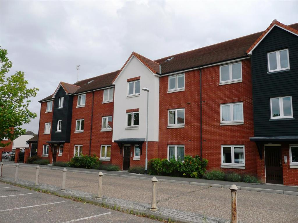 1 Bedroom Apartment Flat for sale in Tylers Ride, South Woodham Ferrers, Chelmsford