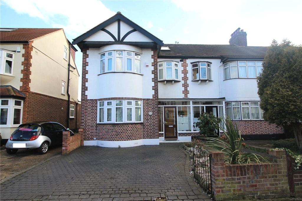 4 Bedrooms End Of Terrace House for sale in Stanley Avenue, Gidea Park, RM2