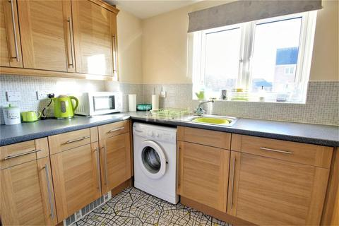 2 bedroom flat for sale - Macfarlane Chase