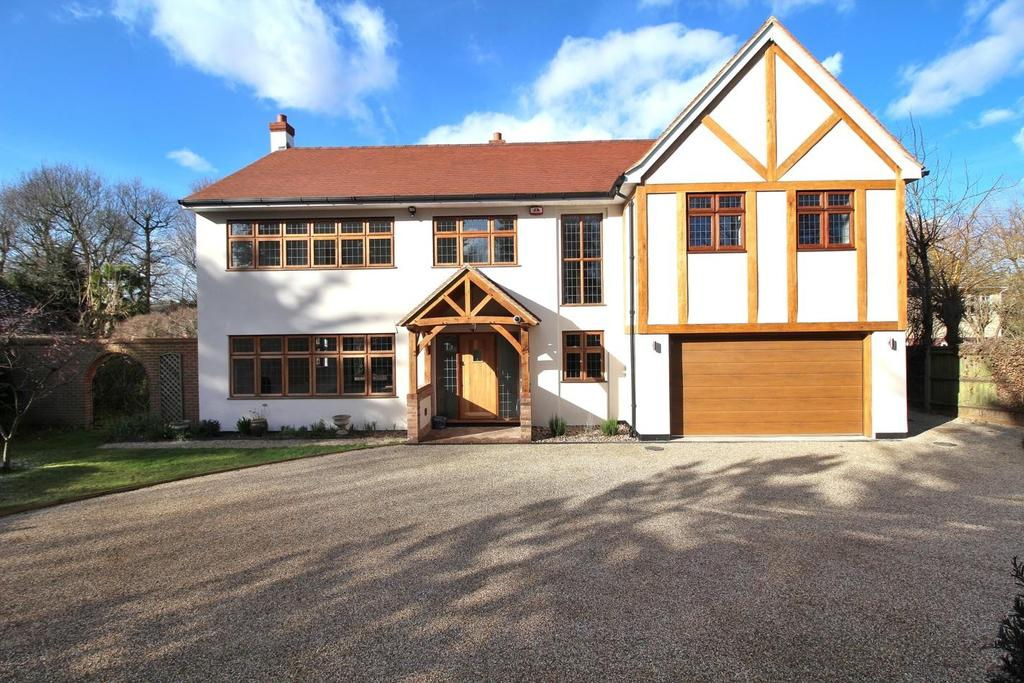 5 Bedrooms Detached House for sale in Chestnut Walk, Little Baddow, Chelmsford, Essex, CM3