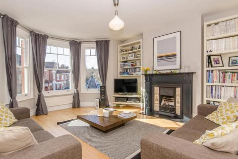 3 bedroom flat for sale - Crescent Road, N22