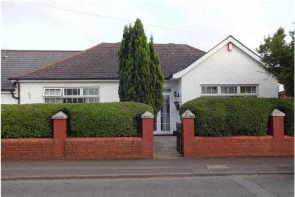 4 Bedrooms Detached Bungalow for sale in St Davids Road, Whitchurch, Cardiff