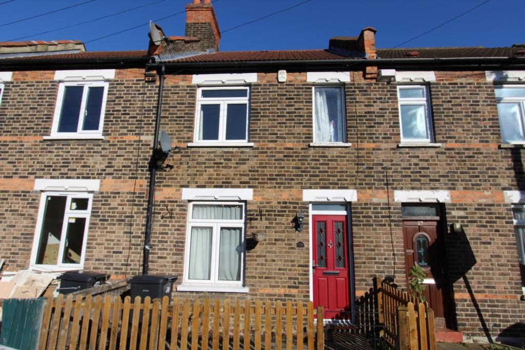 2 Bedrooms Terraced House for sale in Anthony Road, South Norwood, SE25