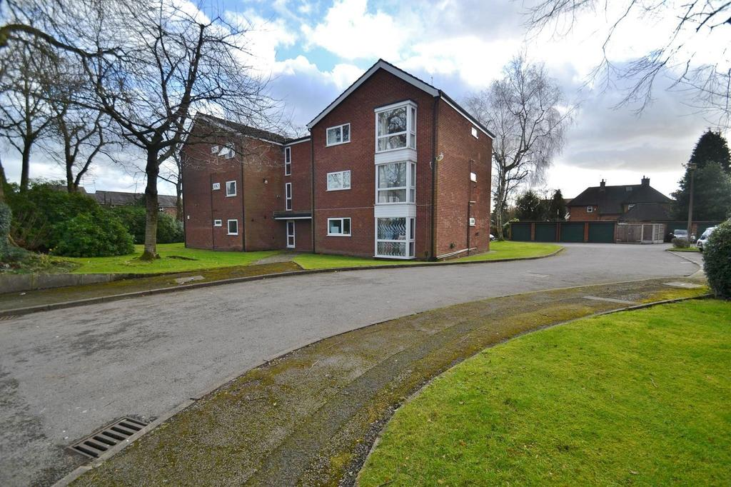 2 Bedrooms Apartment Flat for sale in St Annes Court, Northenden Road, Sale
