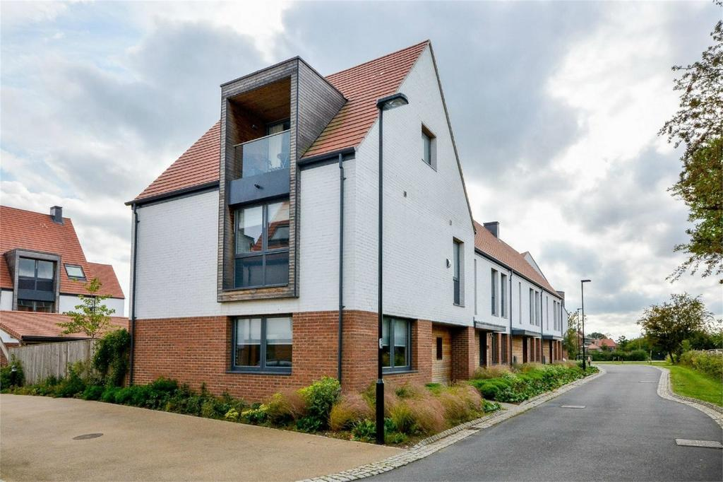 4 Bedrooms Town House for sale in Derwent Mews, Derwenthorpe, York