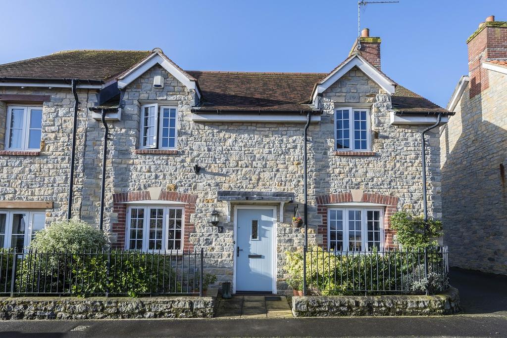 3 Bedrooms House for sale in Bakers Field, Stalbridge, Sturminster Newton