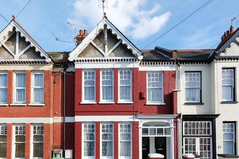 2 bedroom flat for sale - Gosfield Road, Herne Bay