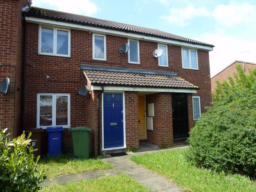 1 Bedroom Flat for sale in St Margarets Avenue, STANFORD-LE-HOPE, SS17